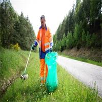 300 Tonnes de déchets ramassés sur les routes départementales...