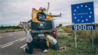 Quatre jeunes européens en quête d'aventure dans les Vosges
