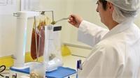 Le laboratoire départemental  veille sur vos assiettes