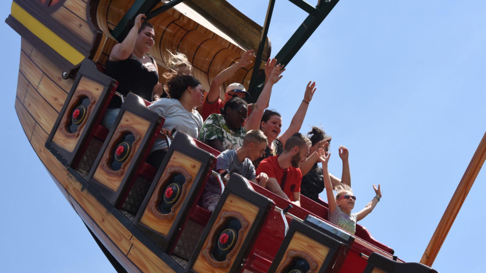 La toute première attraction du parc, Train Far West, est apparu en 1971.