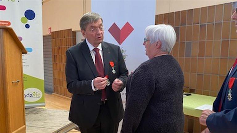 Légion d'honneur: Sylvie Mathieu décorée par François VANNSON
