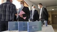 Les Vosges reçoivent un don de 1360 tablettes et 165 PC portables