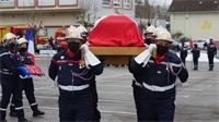 Le dernier hommage au pompier Laurent Delbreil