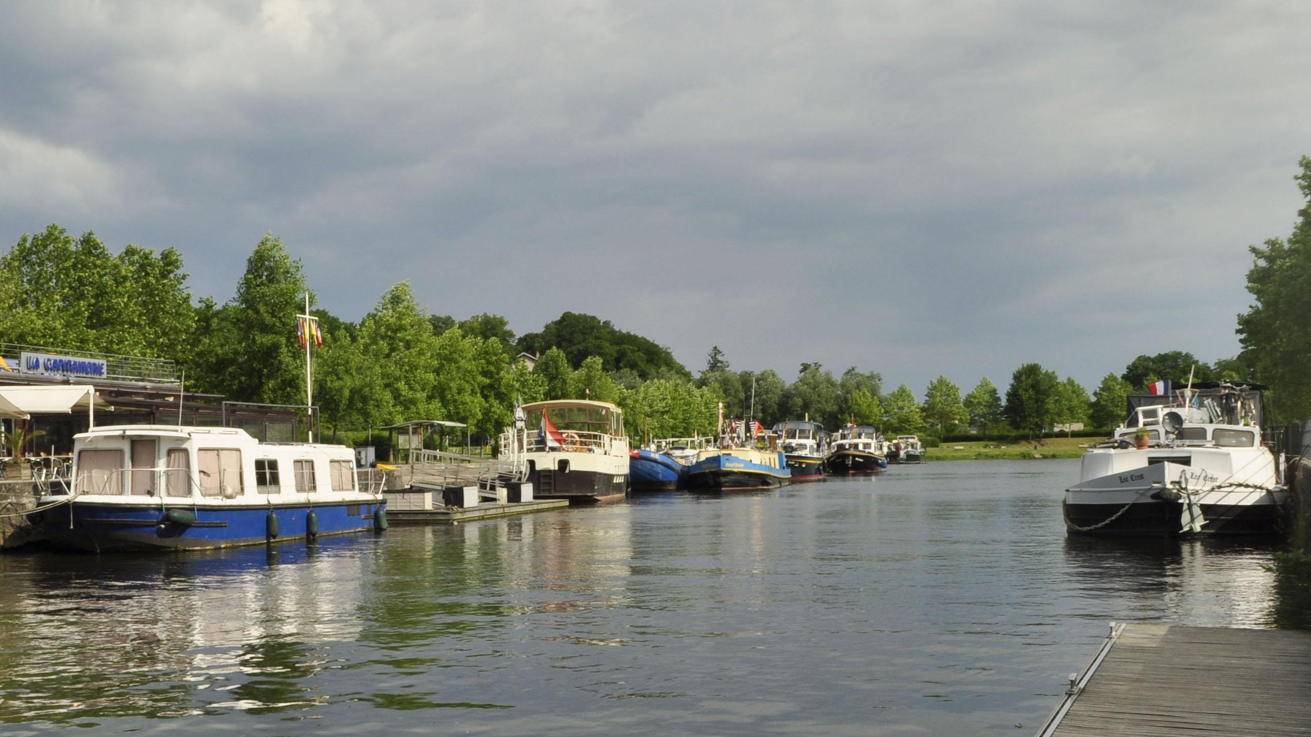 Le port d'Épinal.